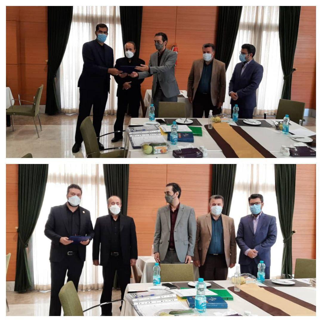 تقدیر از دبیر کمیسیون نظارت و دبیر اجرایی اتاق اصناف شهرستان پردیس